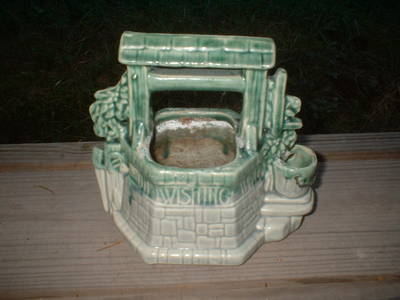 mccoy_wishing_well_planter_001